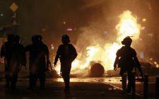 Erőszakba torkollott a bukaresti tüntetés (Videó + fotók!)