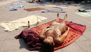 Vigyázat, nem csak a bőrrák miatt veszélyes napozni