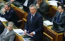 Pálffy elvesztette a parlamenti ittasságáról szóló pert