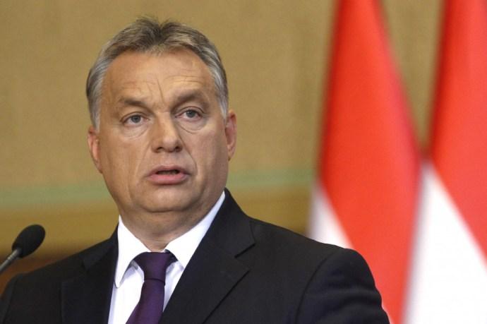 Facebookon üzent a belga miniszterelnöknek Orbán Viktor