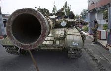 Súlyos harcok Luhanszkban, civil halottak
