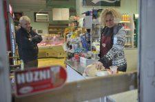 Rangsorolták a bolti eladók bérezését