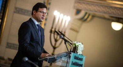Fontos elszólás a kormány részéről: megtanulták, hogy a zsidókkal közösen kell eltervezni az ország jövőjét