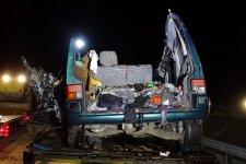 Illegálisan fuvarozott a magyarországi halálos balesetet okozó Maros megyei mikrobuszsofőr