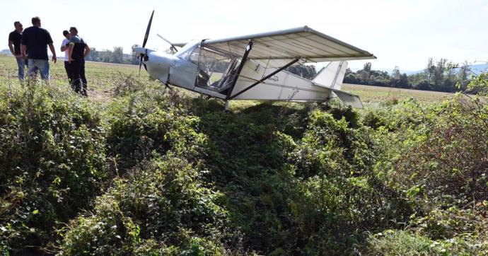 Gazdátlan repülőt(!) találtak egy mezőn a Varannói járásban – Képekkel