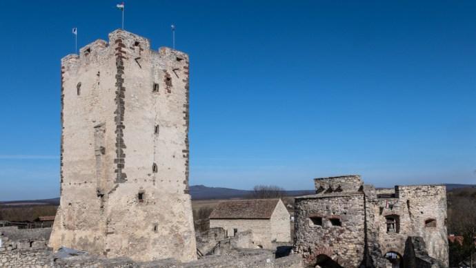 Megújul a Balaton-felvidék legendás vára