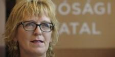 Handó: Néhány bírótársunk külföldre szalad, és elárulja a hazánkat