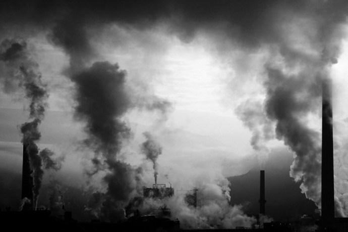 Fokozhatja a gyógyíthatatlan látásromlás esélyét a légszennyezés