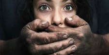 Erőszak a családban: unokabátyjától kapta el a szifiliszt egy hároméves kislány