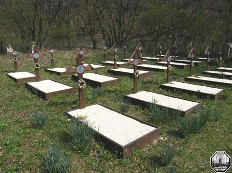 69 éve mészárolták le a vörösök Kápolnapuszta teljes férfi lakosságát