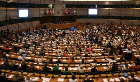 Az EU a Pina-jelentés elfogadásával üdvözli a #MeToo-t és sürgeti az Isztambuli Egyezmény ratifikálását
