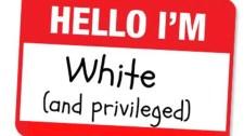 Fehér, férfi, nem ratyik a szülei, és nem nézik terroristának? – Lista segít az agyhalottaknak eldönteni, ki mennyire kiváltságos