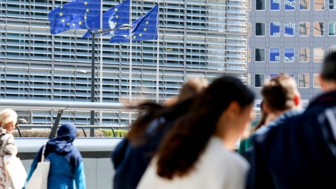 Folytatódik a brüsszeli gyalázat