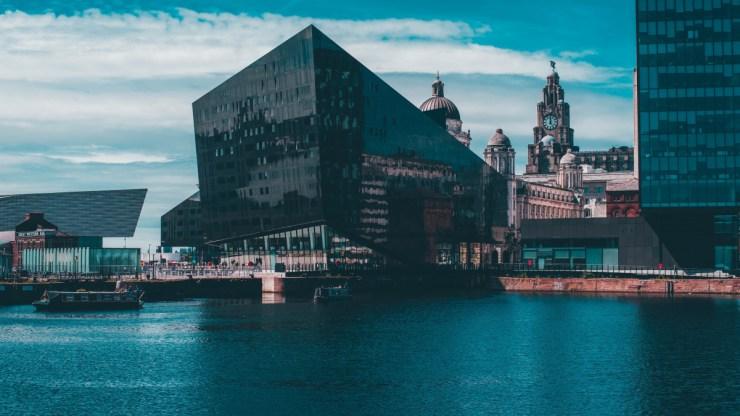 Elúszott Liverpool világörökségi státusza