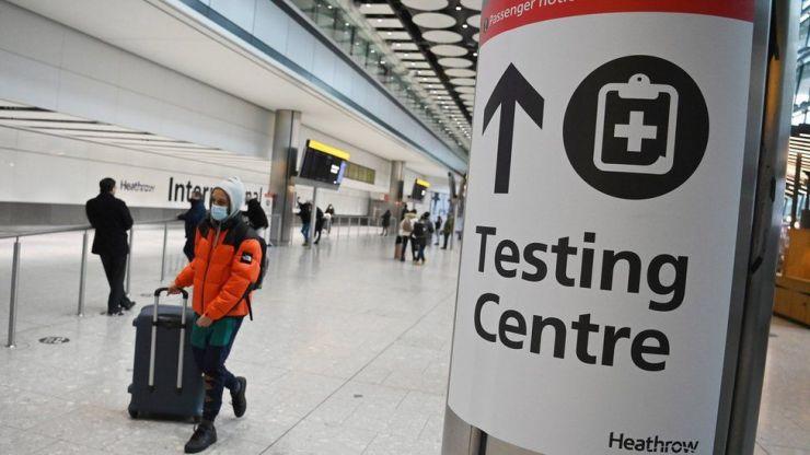 Koronavírus: Négy hónapja nem látott magasságba nőtt a napi esetek száma Nagy-Britanniában