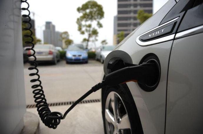 Kötelező lesz az elektromos autók vásárlása
