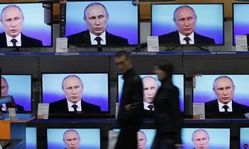 Putyin: A kijevi államcsínyt követően Moszkva atomfegyvereit is kész volt riadóztatni