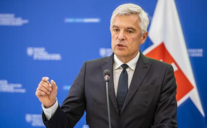 Korčok találkozót kér a legfőbb közjogi méltóságoktól a Szputnyik miatt