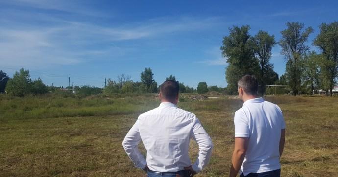 40 kilométerre vagyunk Budapesttől, 60 ezer forinttal keresnek itt kevesebbet az emberek