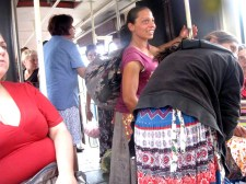 TASZ, segíts! Egy nagyváradi lapban gyalázzák a szegény kéregető romákat!