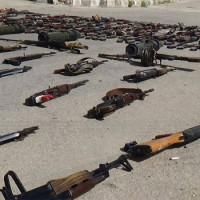 Tízezer fegyveres adta meg magát Szíriában