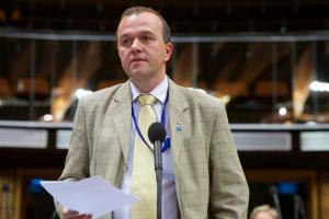 EP választás: időszerű üzenetű parlamenti csörtéim az EU-ról Orbánnal, Szanyival és Gyurcsánnyal – az ellenpólus: Morvai Krisztina a termőföldről és a nemzeti megmaradásról