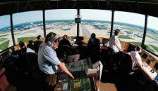 Összeomlás Amerikában: több mint 400 repülőjáratot töröltek