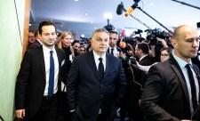Orbán kilépést és új pártcsalád alakítását helyezte kilátásba