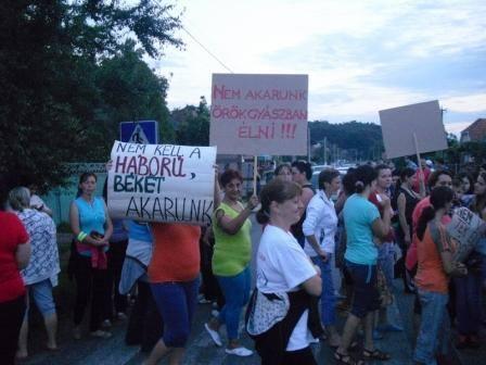 Tömeges behívók magyaroknak – Kárpátalja forrong