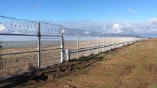 Oroszország határkerítést épített a Krím félszigeten – úgy vélik, a puccsista kijevi kormánytól bármi kitelik