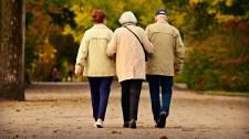 Nyugdíjasok, naptárat elő, megvannak a folyósítási napok!