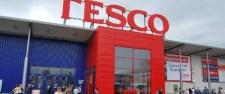 Átrakja 350 munkavállalóját a Tesco