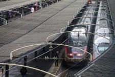 Egészen nyárig megbénulhat a francia közlekedés