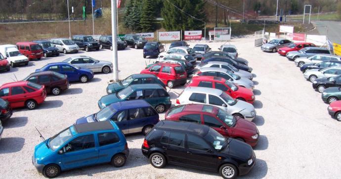 Használtautó-piac: Nyomulnak a benzinesek