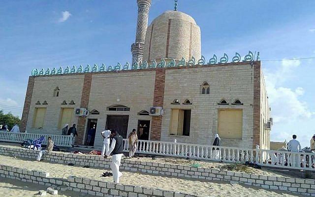 Robbantással és 20 perces golyózáporral hirdették a iszlám békét a Sínai-félszigeten