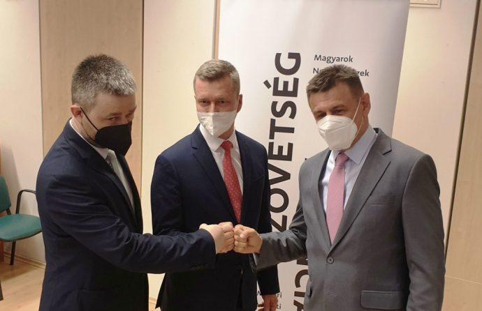 A Szövetség a szlovákiai oltást preferálja, de üdvözli a magyarországi oltás lehetőségét