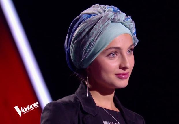 """A bájos hölgynek távoznia kellett a """"Franciaország hangja"""" showból, amikor kiderült, a palesztinok mellett állt"""