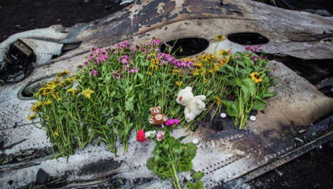 Továbbra sem ismeretes az Ukrajna felett lelőtt Boeing utasainak gyilkosa