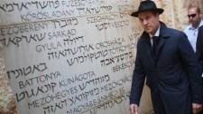 Strachén már a Jad Vasem-látogatás sem segít: orosz milliárdokkal húzták csőbe Ibizán