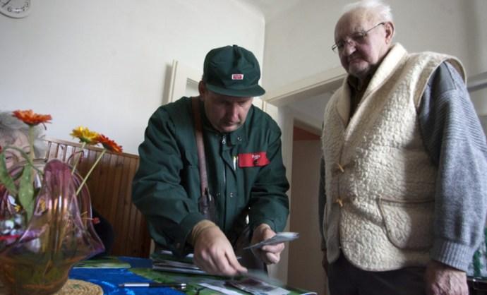 Ha munkaerőhiány, akkor abból – természetesen – a Magyar Posta sem maradhat ki