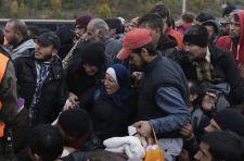 Kitörtek a menekültek a spielfeldi táborból