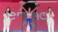 Nézze meg a sporttörténelmi etap finisét – így állt az élre Valter Attila a Girón