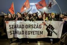 Toroczkai: itt az ideje, hogy végre mi is utcára vonuljunk – külföldről irányított céltalan balliberális cirkusz helyett