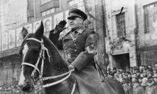 Akire Sztálin és Hruscsov is féltékeny volt