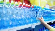 A palackozott vizet is hamisítják