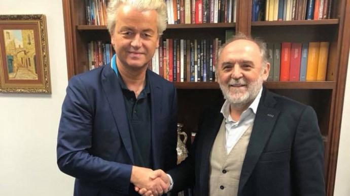 Magyar támogatói már nagyon várják az idegenellenes politikust
