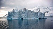 Pingvinpopulációt veszélyeztet az Antarktiszról leszakadt óriási jéghegy