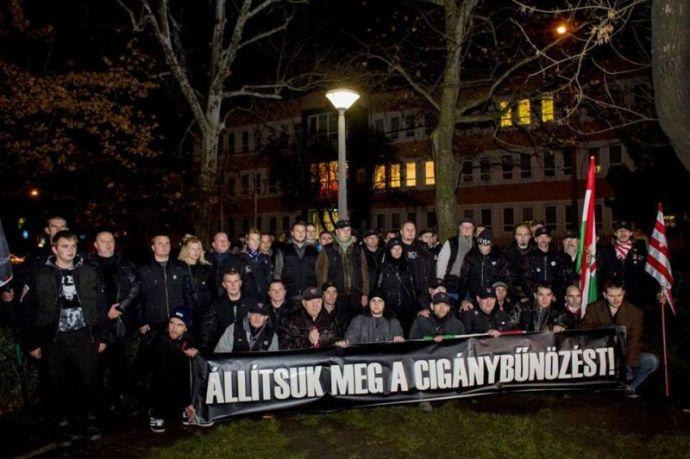 Nagykáta rendért és közbiztonságért kiált – a cigánybűnözés ellen tüntettek a nemzeti szervezetek