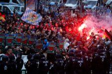 Egyre durvább a helyzet Chemnitzben: a hétfői tüntetéseken hatan kerültek kórházba
