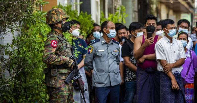 A Facebook és az Instagram is törölte a mianmari hadsereghez köthető összes oldalt
